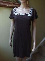NWT Banana Republic Women XS Chocolate Brown White T-Shirt Neckline Cotton Dress