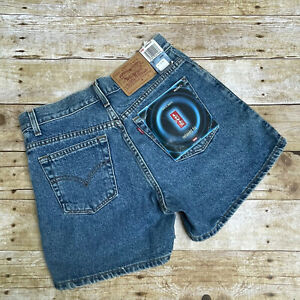 """NWT Vintage Levis Women's Size 7 Shorts Relaxed Fit Denim 29"""" Waist HTF"""