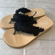 Morgan & Company Black /Cream Women's Thong Sandals.