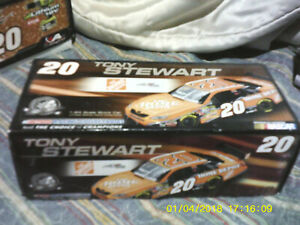 Tony Stewart #20 Home Depot 2007 Monte Carlo SS Action 1:24 scale car