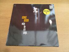 GEORGE BENSON - WHILE THE CITY SLEEPS Vinyl LP Album 1986 Funk Soul WARNER WX 55