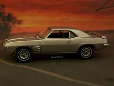 69 1969 PONTIAC FIREBIRD TRANS AM RAM AIR 1/64 SCALE MODEL COLLECTIBLE - DIORAMA