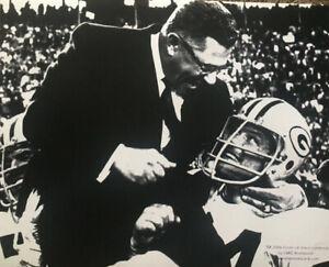 Vince Lombardi Jerry Kramer Super Bowl Carry Off 16x20 Photp Packers hof coach