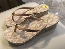 484743a013ffc Michael Kors Bedford Platform Sandals (Flip Flops) NEW SIZE 9
