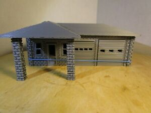 "(1) "" S ""  SCALE  VINTAGE GAS STATION /  MOTORCYCLE SHOP  3D  PRINTED L@@K 1/64"