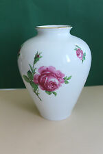 Vase von Royal Bavaria KPM, Rosenmotiv, Höhe 20,5 cm