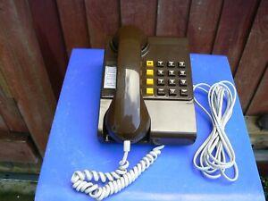 Vintage BT Push button Telephone 8204R