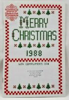 1988 Counted Cross Stitch Pattern Booklet 8 Designs Christmas Ornaments 7122F