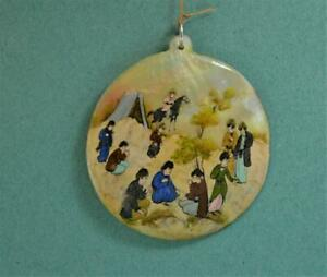 vintage Ladies Islamic tribes Hand Painted story pendant Mother of Pearl 6 cm