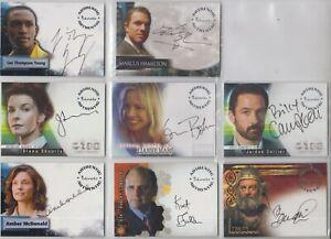 lot de 8 cartes autographes diversses series  :alias, smallville veronica mars .