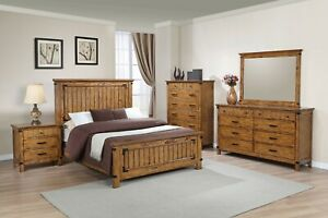 Modern Rustic 5-Piece Bedroom Set Wood Veneer Queen Size Panel Bed, Honey