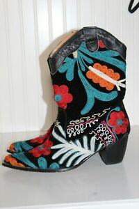 JULIE MILES $285 Black Velvet Leather Embroidered Cowboy Boots SZ.6-6.5 GORGEOUS