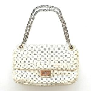 Auth Vintage CHANEL Ivory 2.55 Reissue Perforated Leather Classic Flap Bag GUC