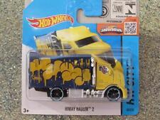 Hot Wheels 2015 # 028/250 Hiway Hauler 2 amarillo azul HW Ciudad Funda G