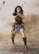 IN STOCK S.H Figuarts Wonder Woman Justice League Figure USA Bandai Tamashii SH