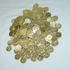 200 TERRIFIC GOLDEN JAPANESE PACHISLO SLOT MACHINE TOKENS == BRAND NEW  ==