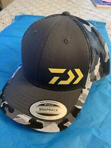 New 2020 Daiwa D-Vec Camo White Gray Cap Snap Back Camouflage Bass Fishing Hat