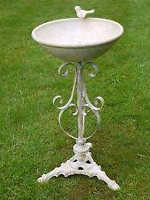 bird bath Vintage style bird bath white / cream metal ornate birdbath