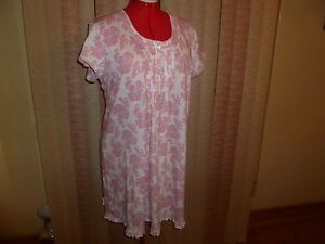 NWT Miss Elaine night shirt in berry print short sleeves knee length size 1X.