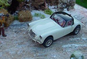 Probuild OCAR 1/32 RTR Slot Car VINTAGE MGA MG COUPE White Black RTR M/B