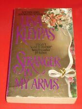 wm* LISA KLEYPAS ~ STRANGER IN MY ARMS