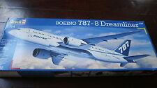 Revell 04261 Boeing 787-8 Dreamliner Escala 1/144.