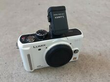 Panasonic LUMIX DMC-GF1 Digital Camera (White)