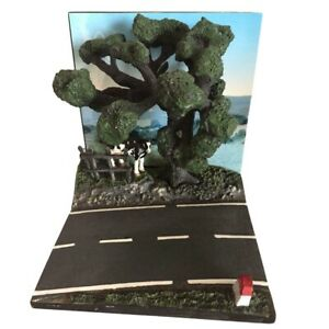 Road section with cow and tree for cars 1:43 scale Diorama