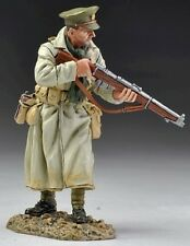THOMAS GUNN WW1 BRITISH GW034A OFFICER IN TRENCH COAT WITH RIFLE MIB