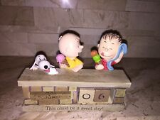 Hallmark Peanuts Sweet Day Snoopy and Charlie Brown Resin Perpetual Calendar
