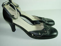WOMENS BLACK LEATHER CAREER CLOSED TOE HIGH HEELS PUMPS SANDALS SHOES SIZE 7 M