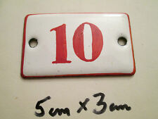 Emaille Nummer Nr. 10 rote Zahl auf weißem Hintergrund 5 cm x 3 cm gebraucht
