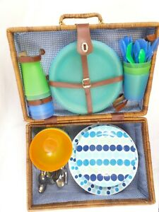 Unbranded Wicker Picnic Basket with Plates,Bowls,Beakers and Cutlery. Vintage