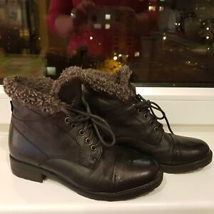 Damen CLARKS Hayride Elmmodelis, Gr 37 Leder Stiefel