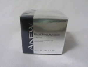 AVON ANEW PLATINUM DAY CREAM 1.7 OZ. NEW IN BOX  SEALED