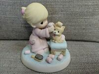 Precious Moments Love Is Patient 134013 - Girl Grooms Her Kitty - 2013