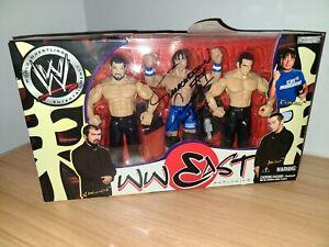 FUNAKI AKIO SAKODA WWE Jakks WWEast Exclusive Box Set Figures Autographed Signed