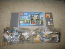 LEGO City *LEGO STORE* with Minifigures from 60097 City Square - NEW Shop No Box