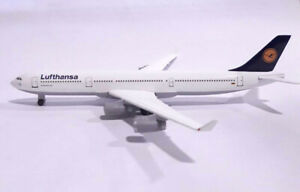 HERPA WINGS 1/500 LUFTHANSA 516549 Airbus A340-300 Scale Diecast Model