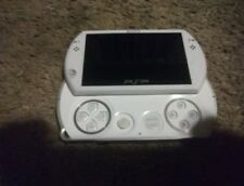 Sony PSP go Launch Edition 16GB Pearl White Handheld System, NO CHARGER