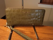 Michael Kors Travel Leather Continental Zip Wallet Money Pieces Olive Green NWT
