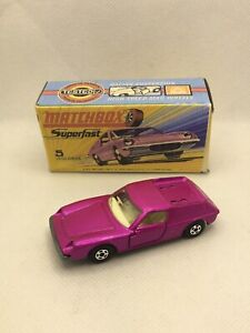 Matchbox Superfast 5 LOTUS EUROPA MINT IN CRAFTED BOX
