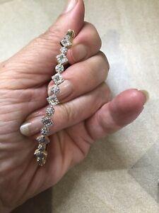Diamond Bangle In 9ct Yellow Gold 0.50 Ct SI Clarity