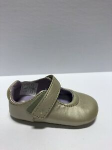 Stride Rite Girls' Liza, Mary Jane Flats-Gold, Toddlers' Size 3M.