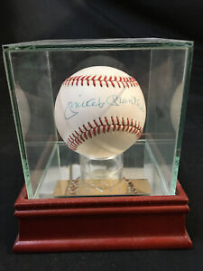 MICKEY MANTLE SIGNED BASEBALL Steven Artsis Collection