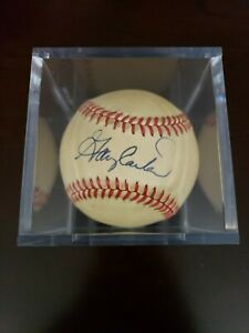 MLB Official National League Baseball Signed By Gary Carter, in Display Case