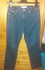 woman's Levi jeans size Small/ 10 Uk .505 straight leg .