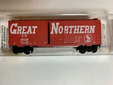 Micro Trains Line 20176 GN Great Northern 40' Standard Box Car #18588