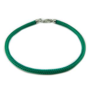 Bracciale verde portafortuna in sagola con finali argento 925