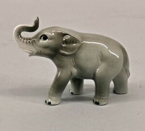 9924077 Wagner&Apel Porzellan Figur Elefant 8x10,5cm
